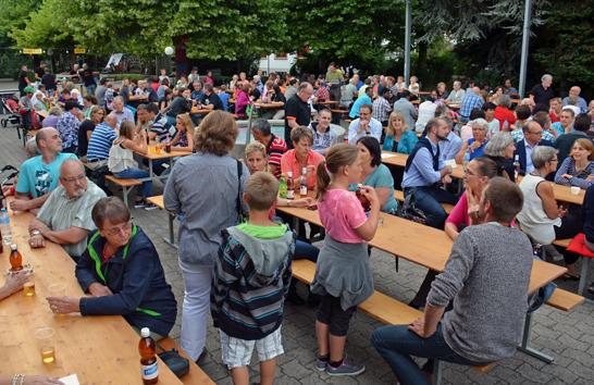 /_SYS_file/Bilder/Freizeit/Berichte/2015/Bundesfeier/bundesfeier_5.jpg