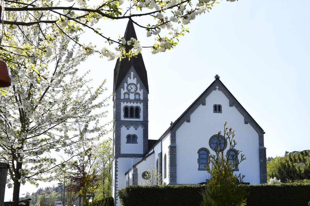 /_SYS_file/Bilder/Kirchen/kirche-wohlenschwil.jpg